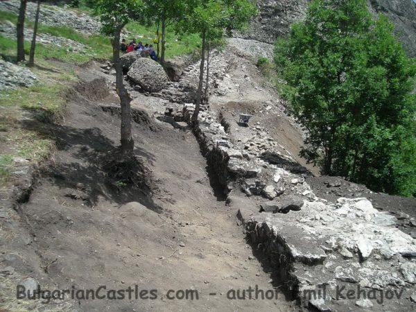 bulgarian castles koznik 10