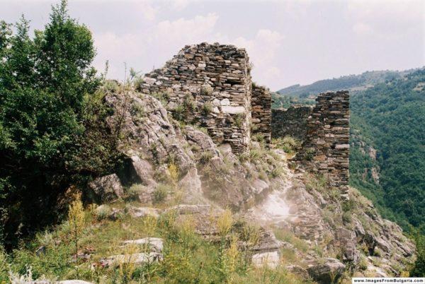 bulgarian castles krivus 10
