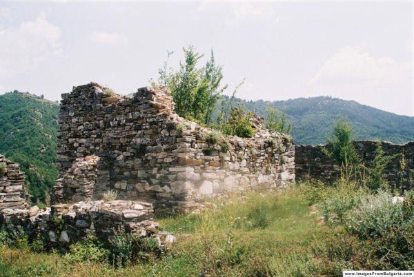 bulgarian castles krivus 7