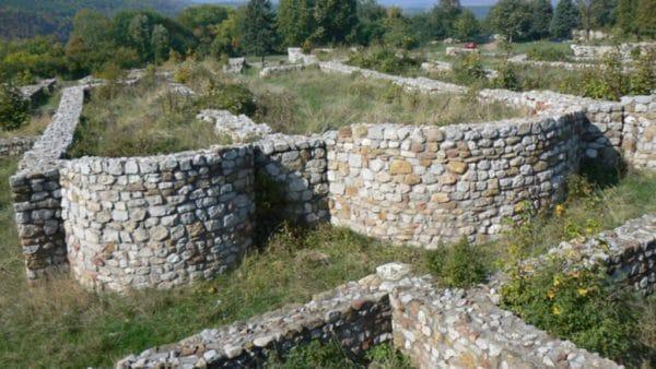 bulgarian castles pernishka 10