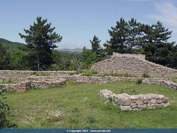 bulgarian castles pernishka 15