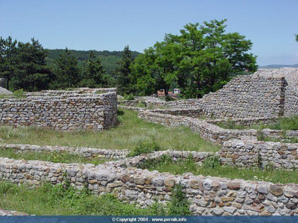 bulgarian castles pernishka 4