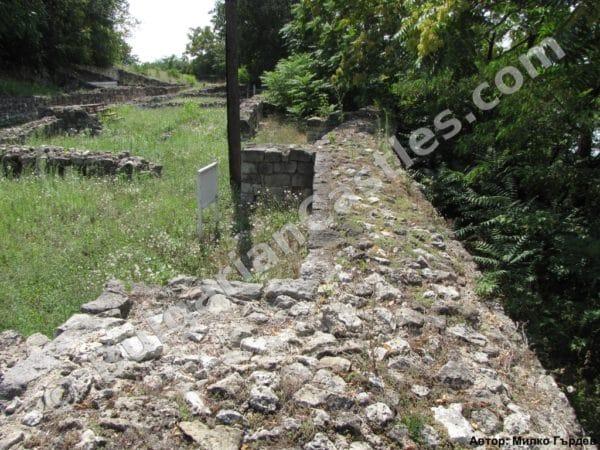 bulgarian castles seksaginta prista 16