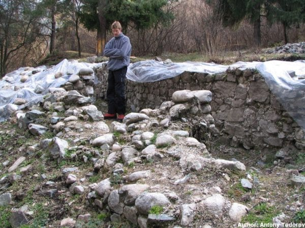 bulgarian castles shishmanovo kale 18