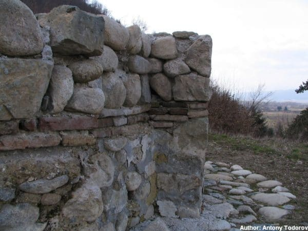 bulgarian castles shishmanovo kale 36