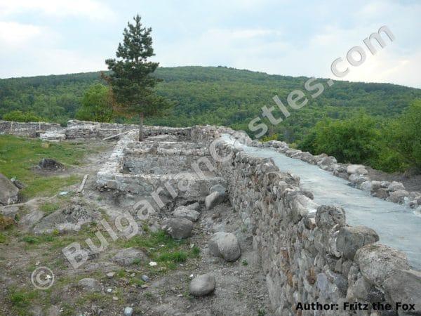 bulgarian castles toplitsosjpg 4 1