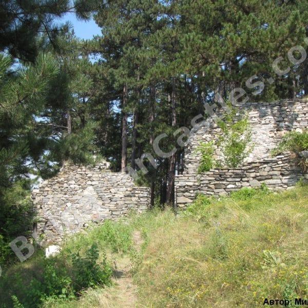 bulgarian castles tsepina 10