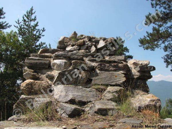 bulgarian castles tsepina 15