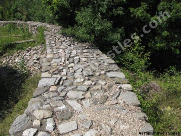 bulgarian castles tsepina 20