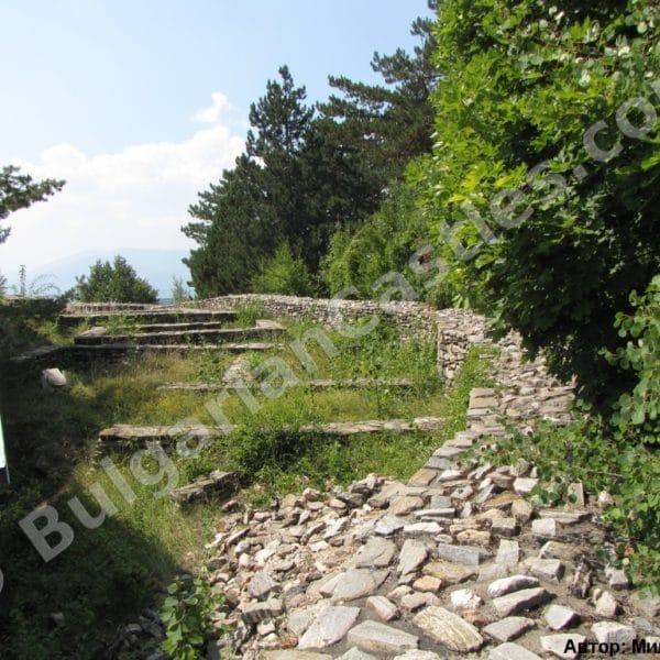 bulgarian castles tsepina 21