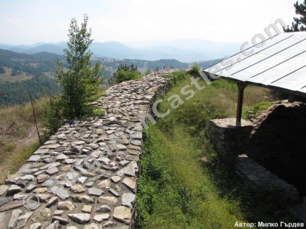 bulgarian castles tsepina 22