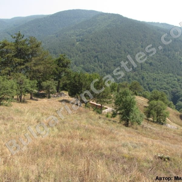 bulgarian castles tsepina 25
