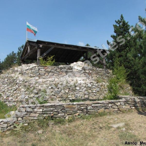 bulgarian castles tsepina 33
