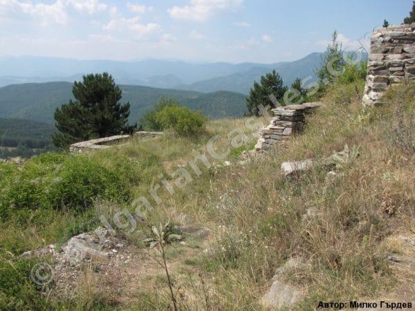 bulgarian castles tsepina 47