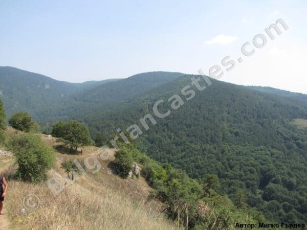 bulgarian castles tsepina 48