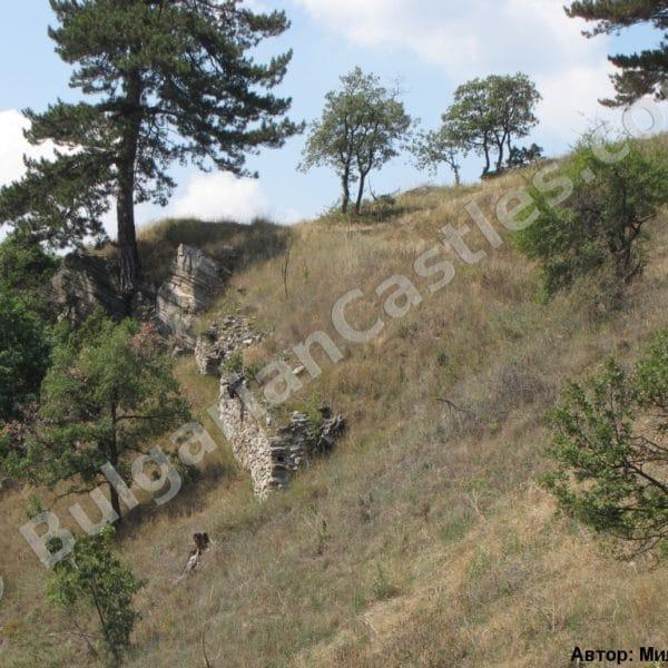 bulgarian castles tsepina 5
