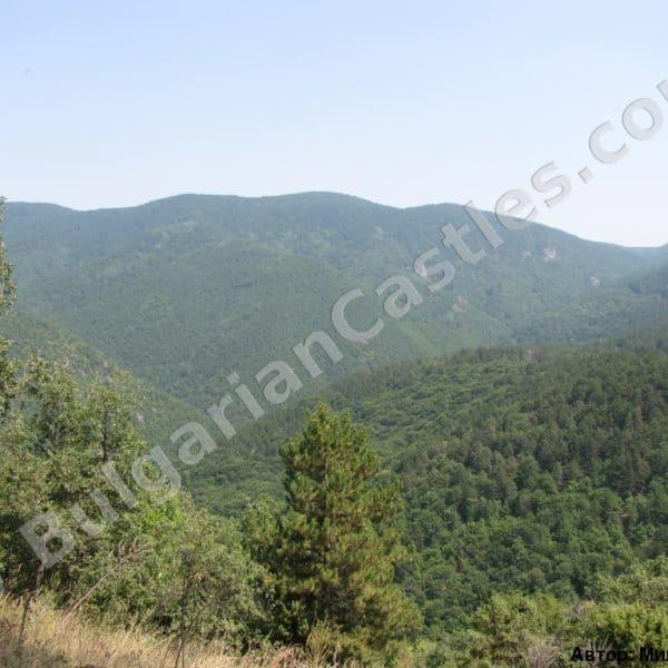 bulgarian castles tsepina 50