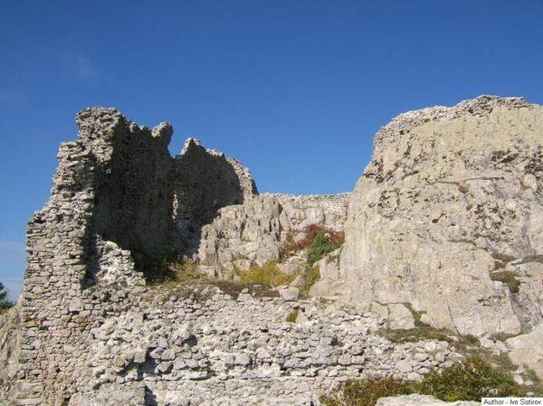bulgarian castles ustra 10