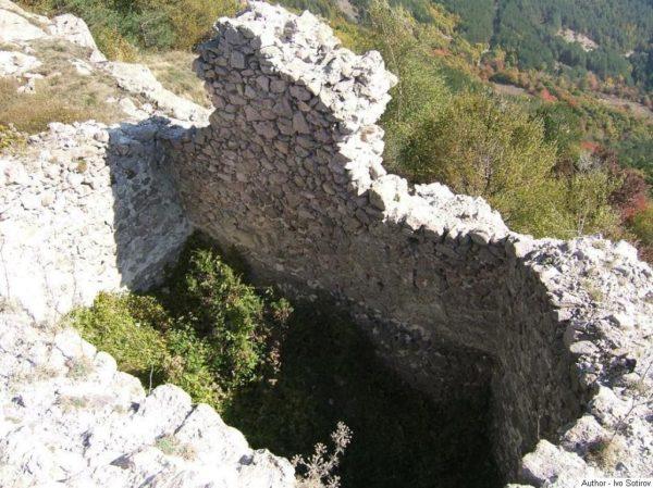 bulgarian castles ustra 11