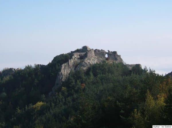 bulgarian castles ustra 6