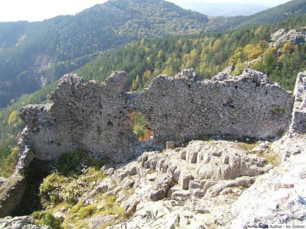 bulgarian castles ustra 9